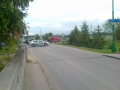 Uzávěrka silnice při vyprošťování klády