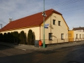 Mateřská škola po přístavbě (2011) a výměně střechy v roce (2012)