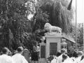 3) Původní umístěni pomníku vedle řeznictví Horyna (Obránců míru 108)
