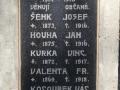 Boží muka v Chrtníkách s pamětní deskou obětí 1 sv. války