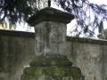 Morový sloup u hřbitova ve Svinčanech