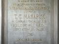 Kamenná pamětní deska ve vstupní chodbě záložny