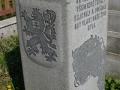 Pomník obětem 2. světové války ve Stojicích
